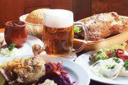 После экскурсии по Праге надо как следует подкрепиться: пиво, утка, кнедлики