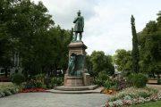 Парк Эспланда - центральное место в Хельсинки для прогулок и пикников
