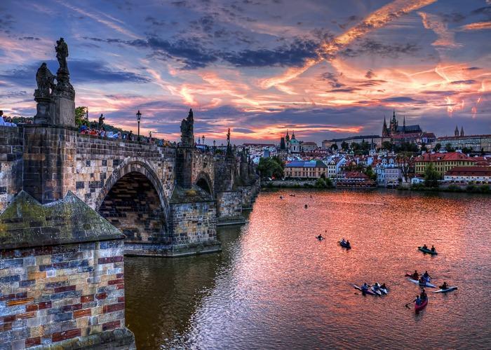 Прага-Париж-Берлин
