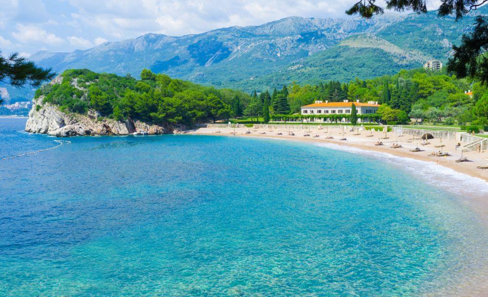 Пляжи Черногории