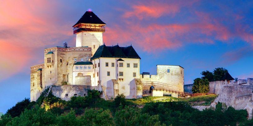 Словакия замок Тренчин